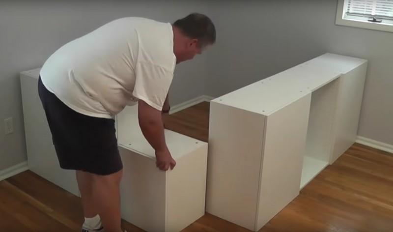 usando arm rios de cozinha este homem construiu algo que um sonho. Black Bedroom Furniture Sets. Home Design Ideas
